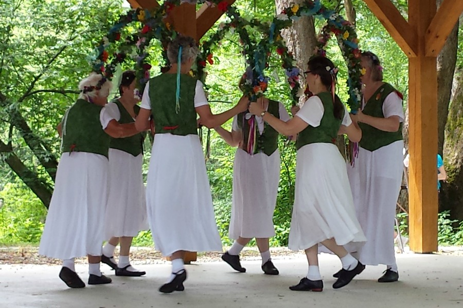 Brasstown Morris Dancers