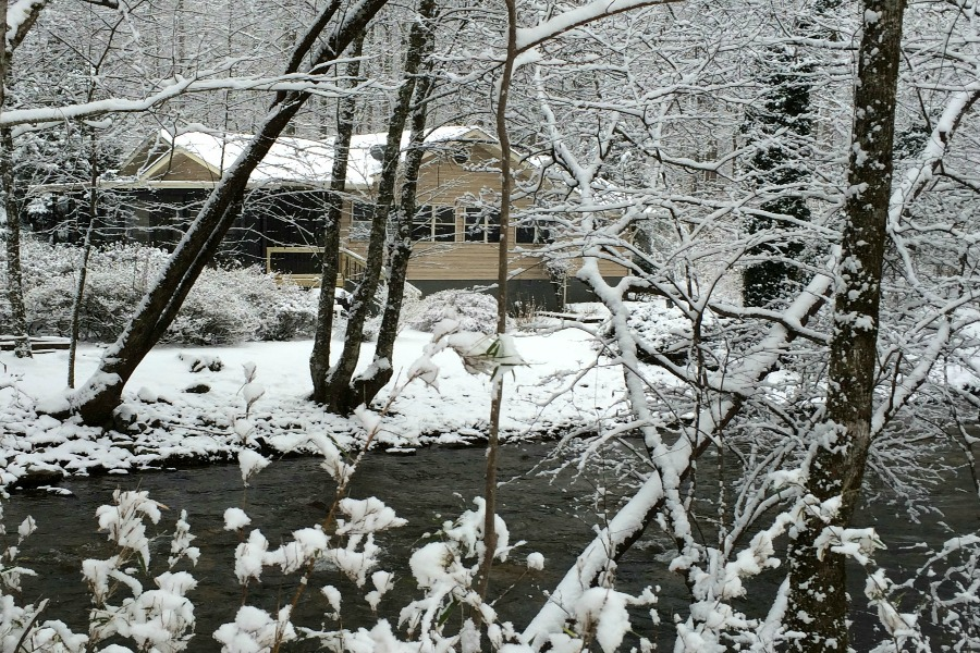snow across creek Gili