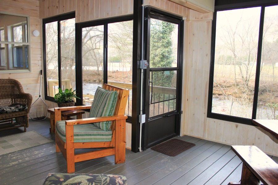 Gili's Cove porch